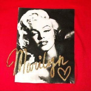 Marilyn Monroe Women's Cap Sleeve Red T-Shirt